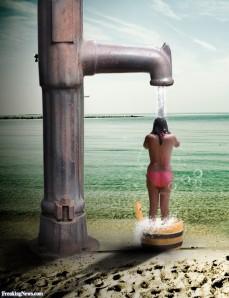 Beach-Shower-Under-Old-Pump--64601